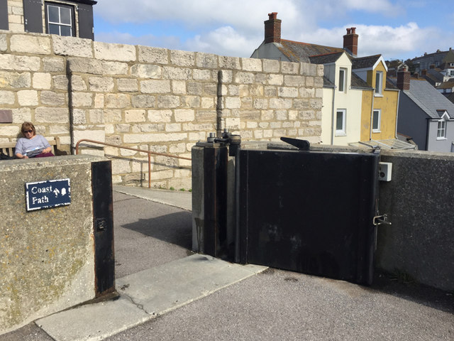 Small floodgate, Chesil Cove, Chiswell, Portland