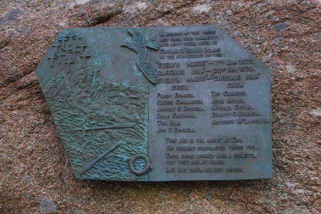 Shipwreck memorial (2) - plaque, Burtonport/Ailt an Chorrain, Co. Donegal