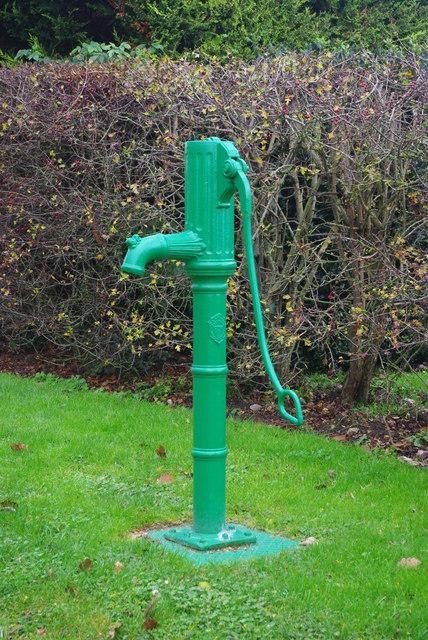 Pump on Mills Lane, Longstanton