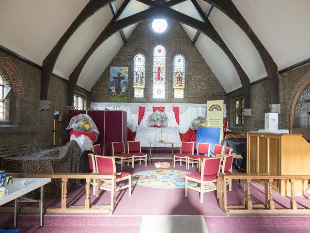 St Stephen, Buckhurst Hill - Chancel