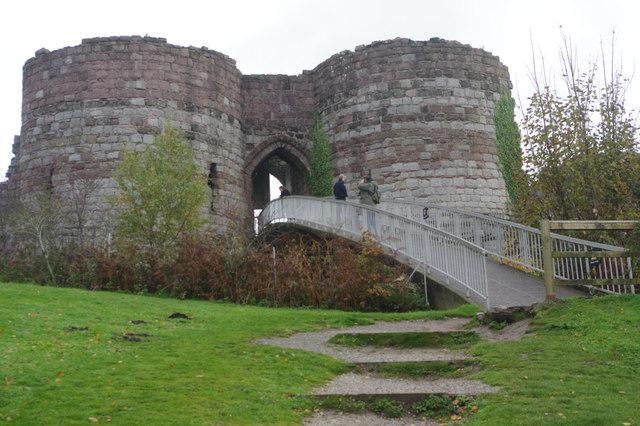 Inner gatehouse: Beeston Castle