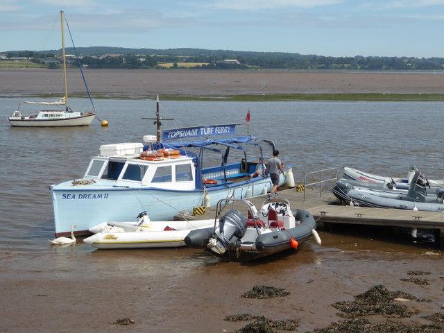 Landing stage at low tide