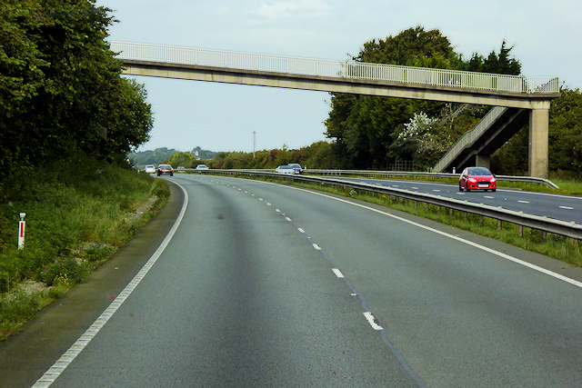 Footbridge over the North Wales Expressway near Milwr