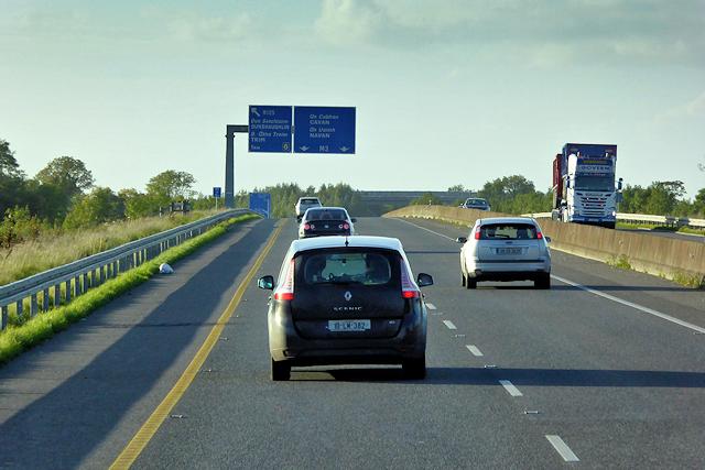 Sign Gantry on the northbound M3