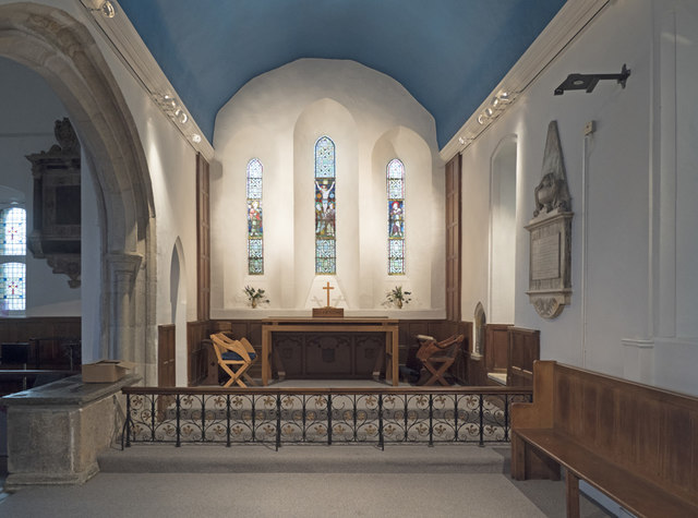 St Peter & St Paul, Church Lane, Dagenham - Chancel