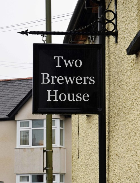 The former Two Brewers (3) - sign, 50 North Street, Thame, Oxon