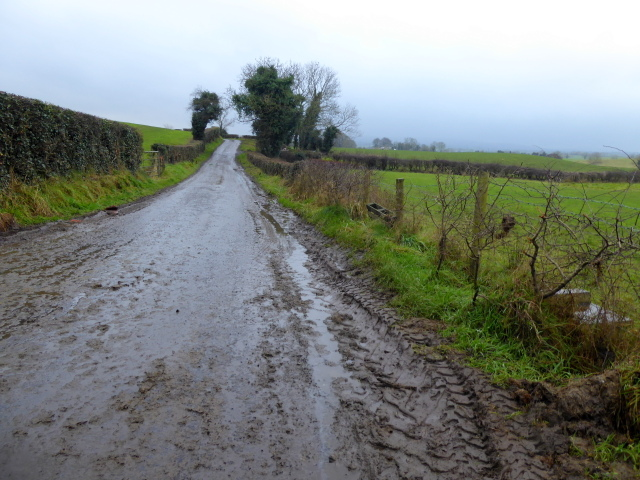 Tully Road, Tattraconnaghty