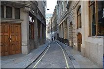 TQ3380 : Idol Lane by N Chadwick