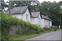 TQ3129 : Cottages, Haywards Heath Rd by N Chadwick