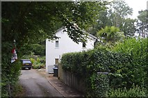 TQ3129 : Uniroy Cottages by N Chadwick