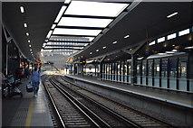 TQ3380 : Platforms 7 & 8, London Bridge Station by N Chadwick