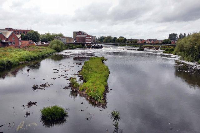 Low river level @ Castleford