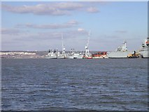 SU6200 : Portsmouth Harbour viewed from Gosport by Dysdera