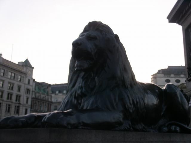 Trafalgar Square, Lion