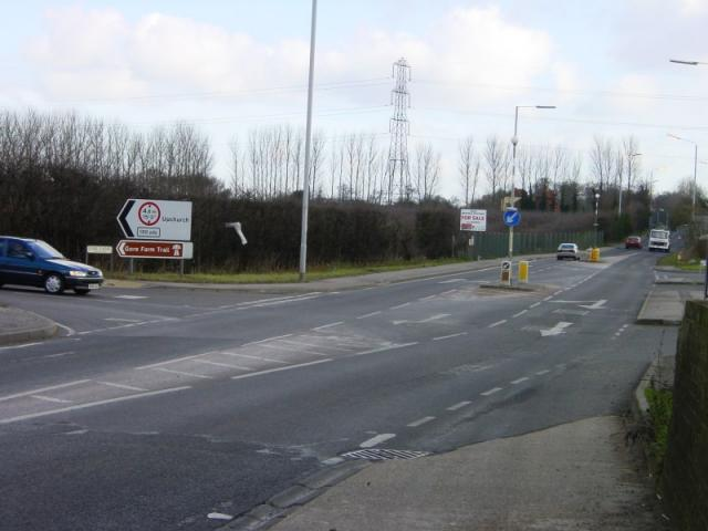 Junction of Oak Lane with A2 looking east