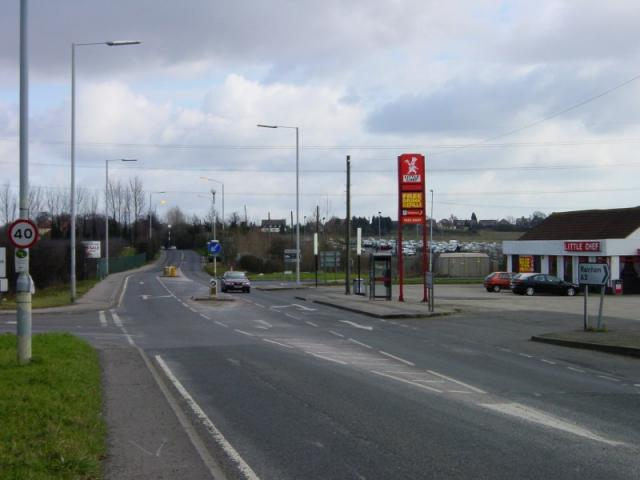 Junction of Oak Lane and Spade Lane with A2