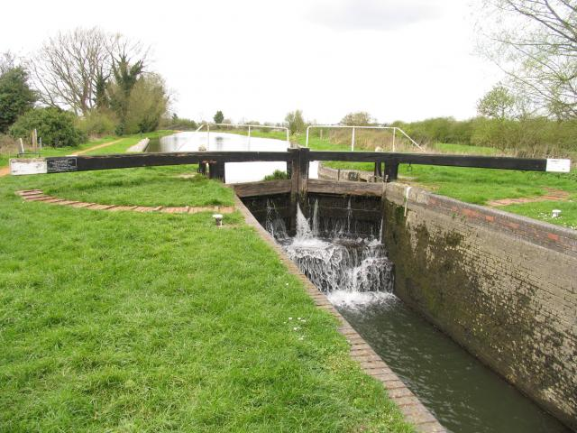 Kennet and Avon Canal: West of Midgham Lock