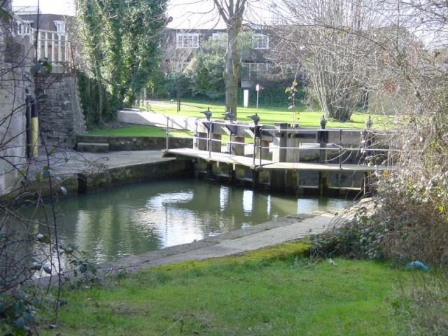 Marina lock near Yalding