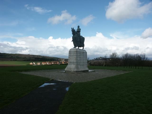 Monument to Robert the Bruce near Bannockburn