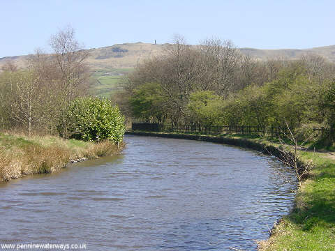 Huddersfield Canal at Friezland, Greenfield