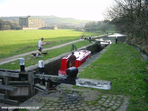 Huddersfield Narrow Canal near Linthwaite