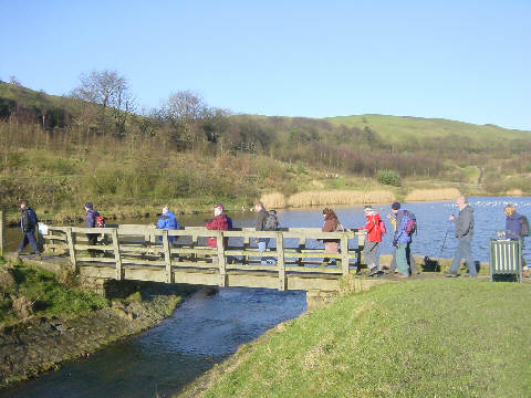 Walkers at Lower Strine Dale Reservoir