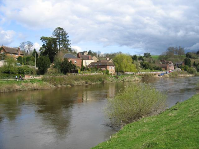 Upper Arley village and the river Severn