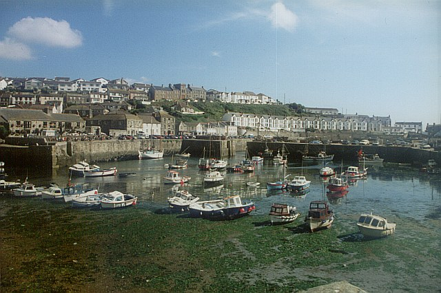 Porthleven Harbour, low tide