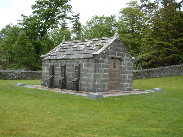 Macquarie Mausoleum (Mull)