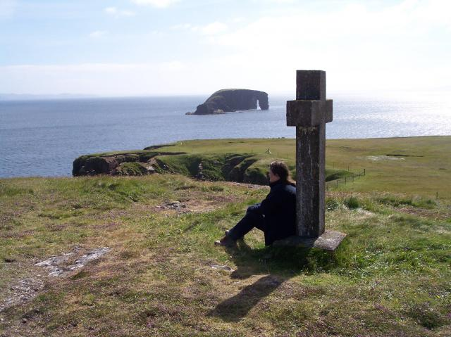 Cross Monument at Stenness and Dore Holm Natural Arch