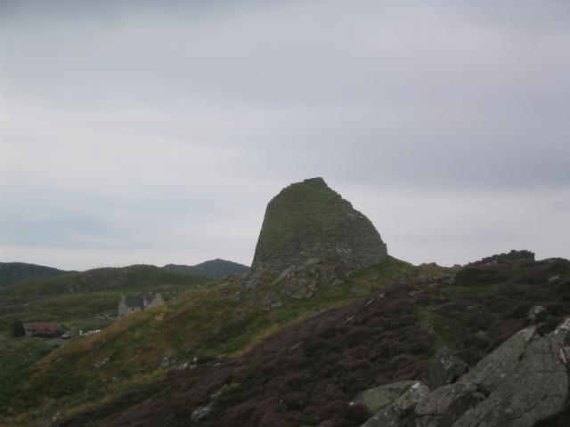 Dùn Chàrlabhaigh/Carloway Broch