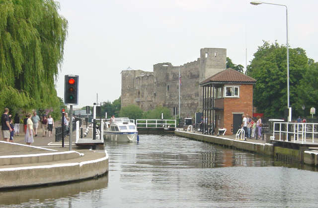 Newark Lock and Castle