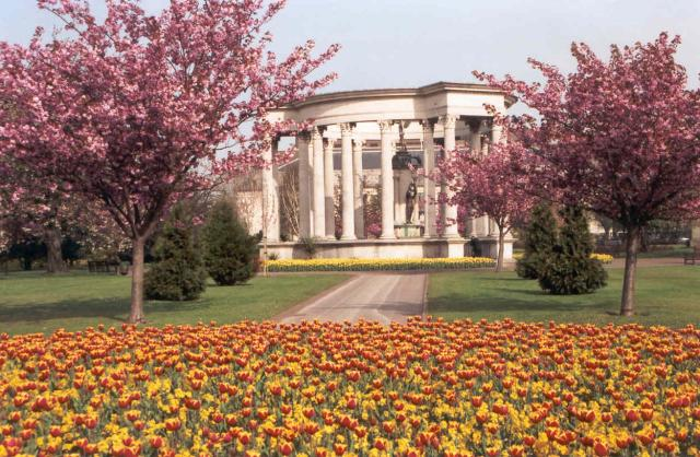Cardiff War Memorial, Cathays Park