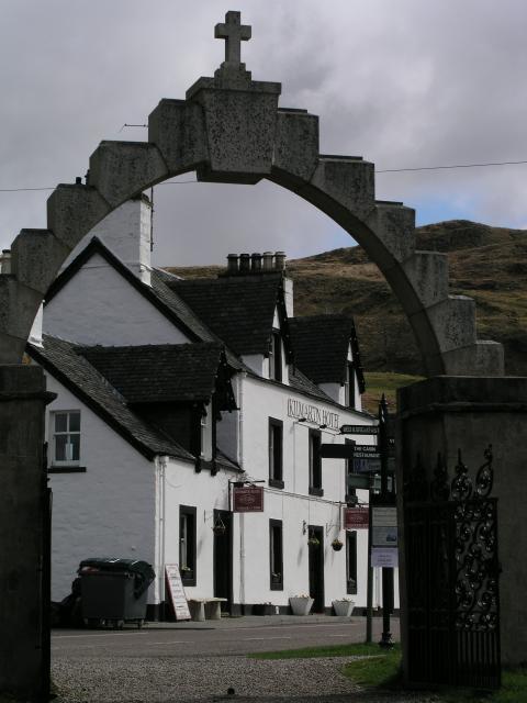 Kilmartin hotel from the Churchgate