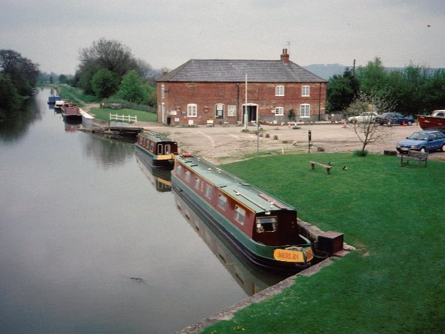 Pewsey Wharf