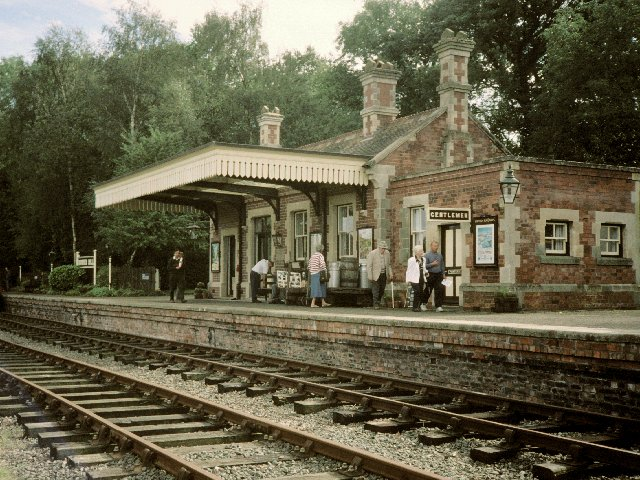 Rowden Mill Station