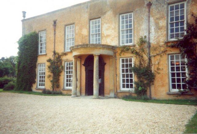 Luckington Court