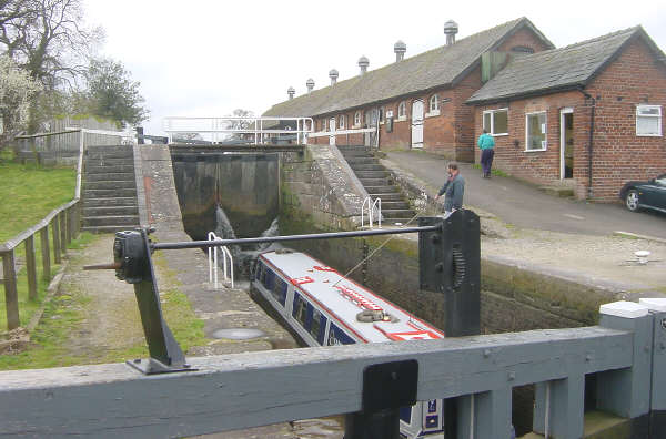 Bunbury Locks and Stables