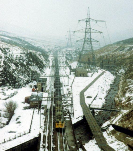 Woodhead Tunnel Approach