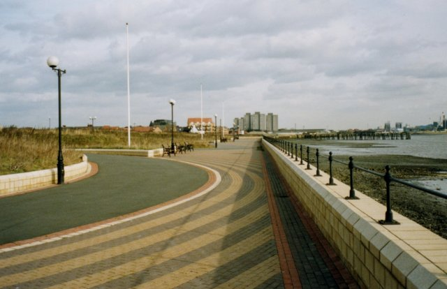 Grays Thamesfront Promenade