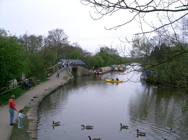 Macclesfield Canal near the Marina