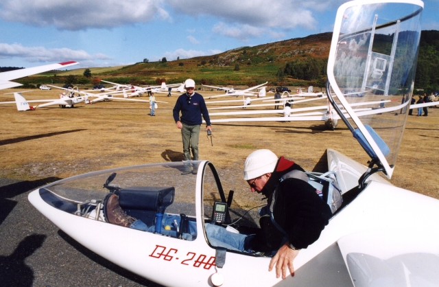 Gliding Competition at Aboyne Airfield