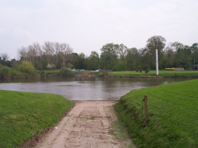 Lower Lode Ferry Crossing, River Severn