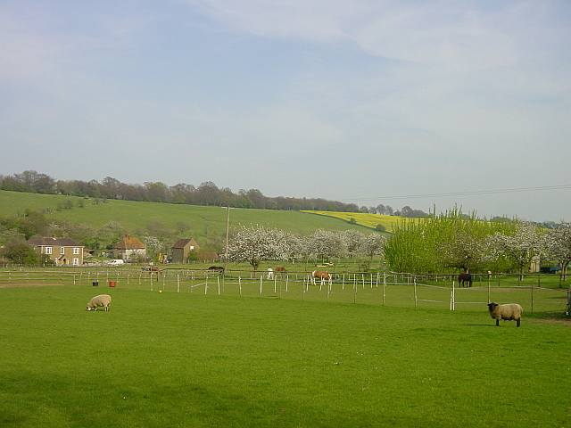 Little Pett Farm