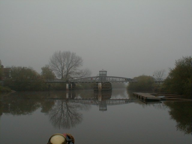 Cawood Swing bridge in the early morning