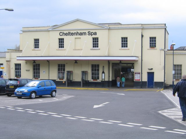 Cheltenham Spa Railway Station