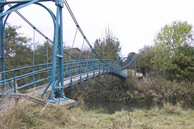 Foot bridge over the river Derwent at Huttons Ambo