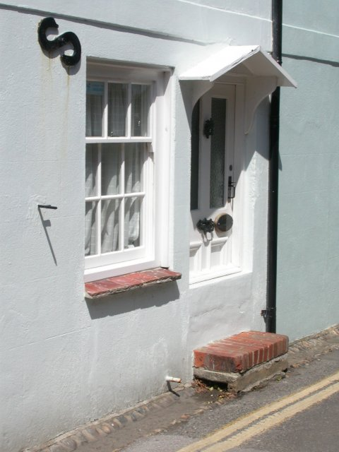 Bosham housefront