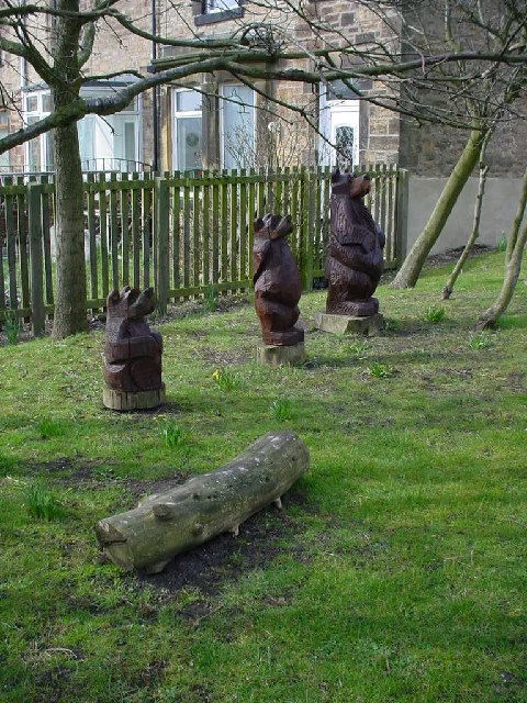 Three Bears Corner. Leadgate