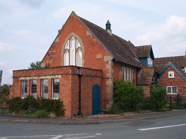 The Old School, Leigh Sinton
